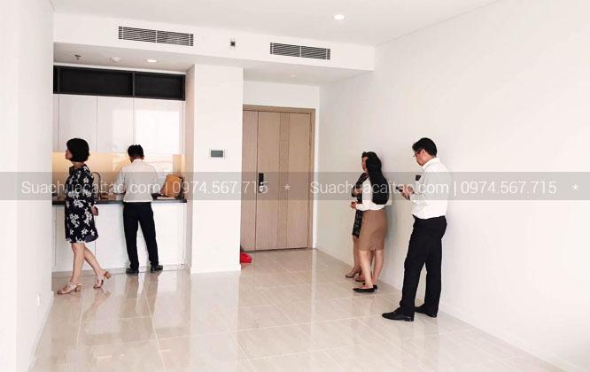 Nhận nhà đã sửa xong, khách hàng rất hài lòng cảm ơn Dương Gia