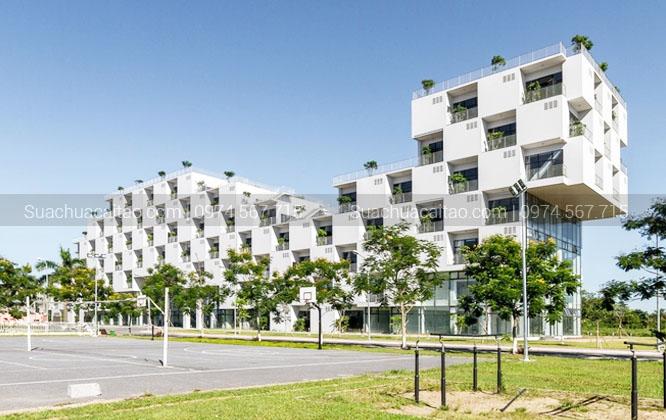 Thi công sơn 50 phòng học thực hành cho đại học FPT Hòa Lạc