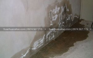 Đâu là nguyên nhân khiến chân tường bị ngấm nước?