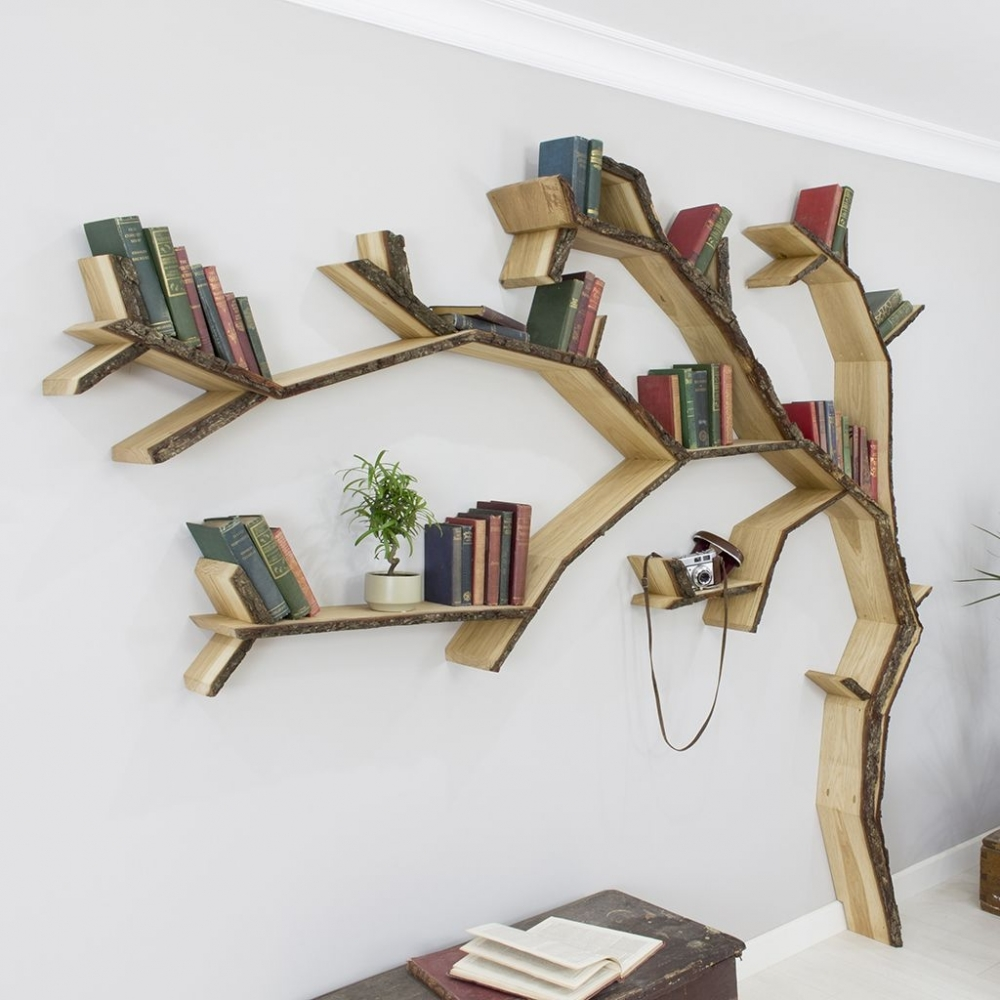 Kệ sách hình cây